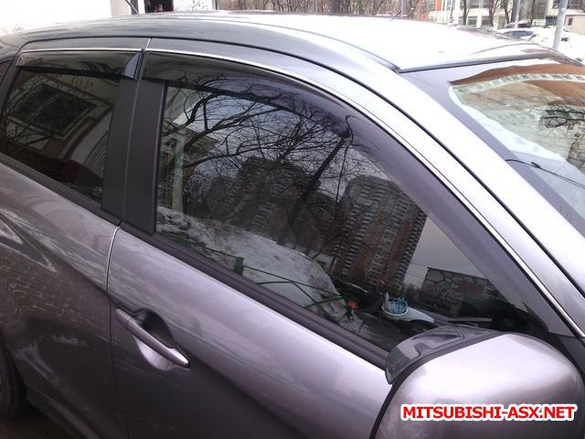 Водоотводящий щиток на лобовое стекло - image.jpg