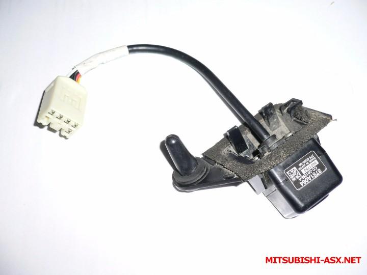 Камеры заднего вида и не штатные мониторы к ним - P1040702.jpg