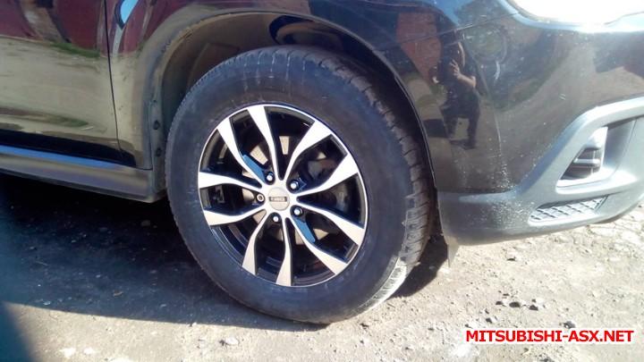 Размеры шин и дисков - Переднее колесо.jpg
