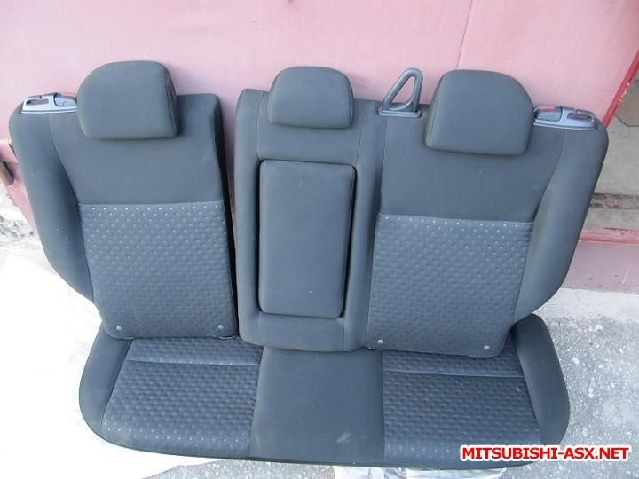 Установка спинки заднего сиденья от RVR с подлокотником и лючком - IMG_8555.jpg