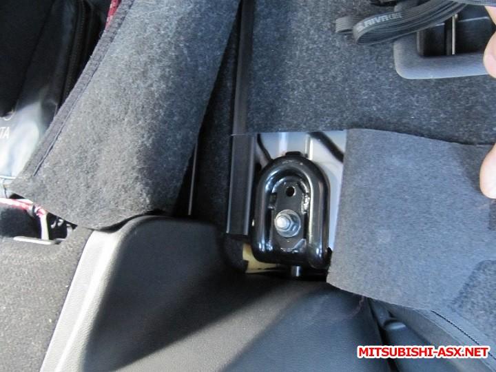 Установка спинки заднего сиденья от RVR с подлокотником и лючком - IMG_8579.JPG