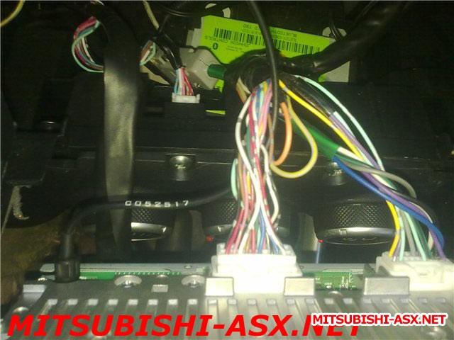 общий вид задней панели дорестайл с Вluetooth USB  - 4.jpg