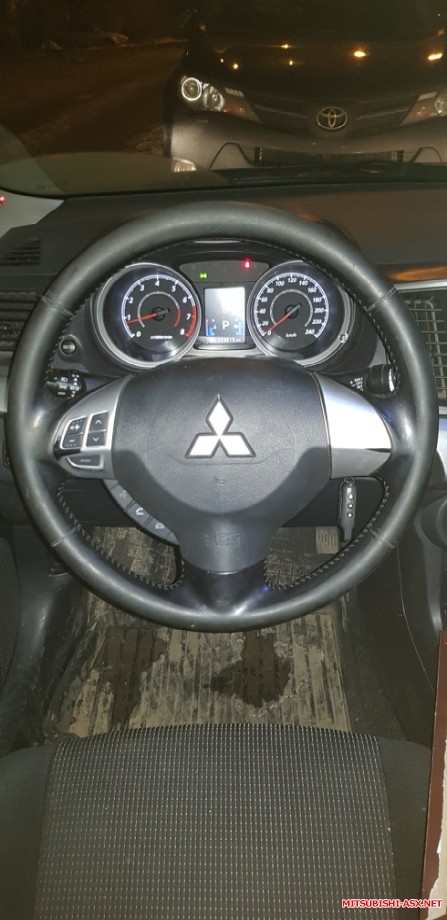 Продам руль с кнопками на дорестайл без подушки. - 20200114_191703.jpg