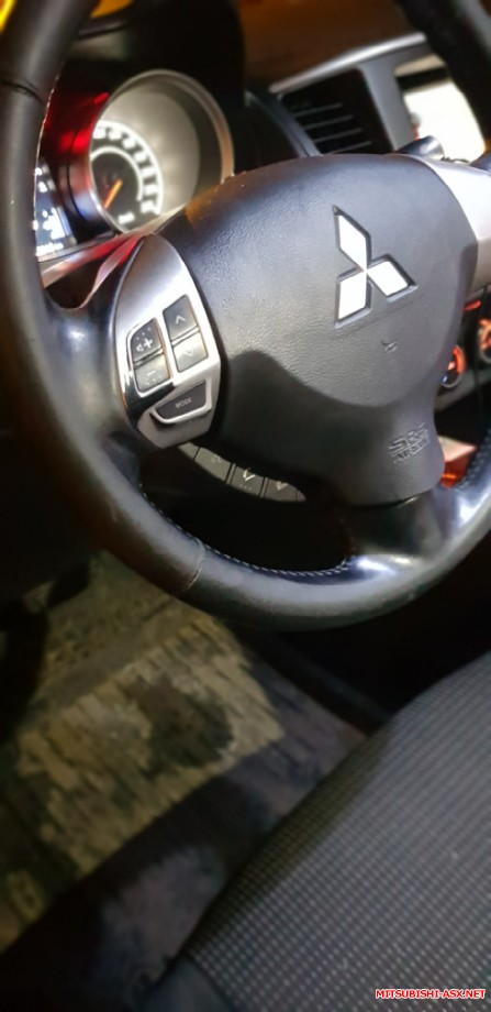 Продам руль с кнопками на дорестайл без подушки. - 20200114_191904.jpg