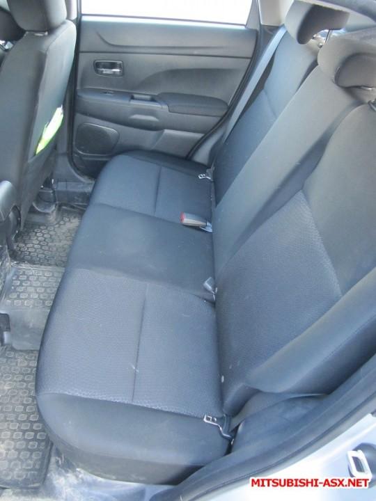 Установка спинки заднего сиденья от RVR с подлокотником и лючком - IMG_8582.JPG