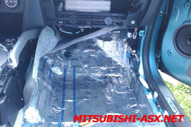 Шумоизоляция салона Mitsubishi ASX