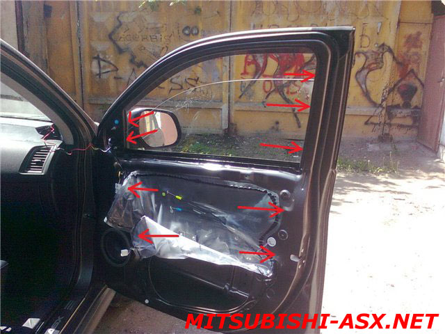Дребезжание стекол Mitsubishi ASX