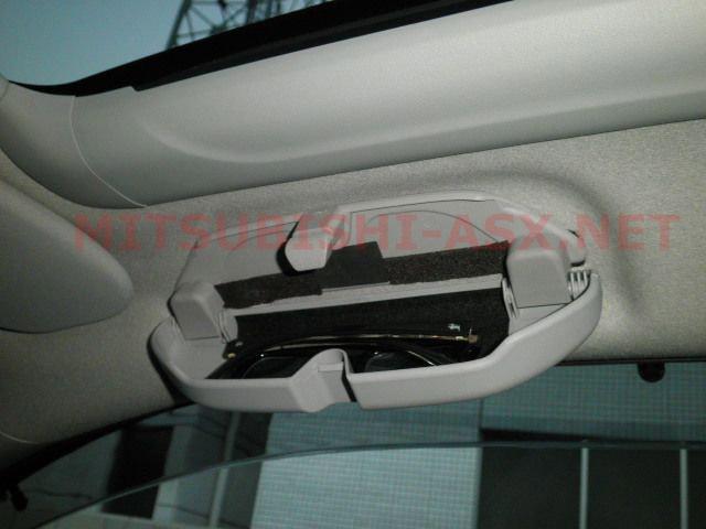 Установка очечника на место отсутствующей ручки Mitsubishi ASX