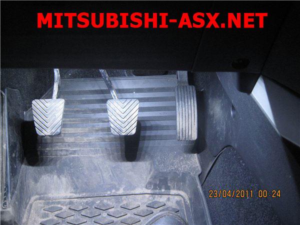 Сетодиодная подсветка салона Митсубиси ASX