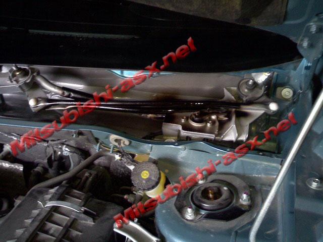 Шумоизоляция двигателя Mitsubishi ASX